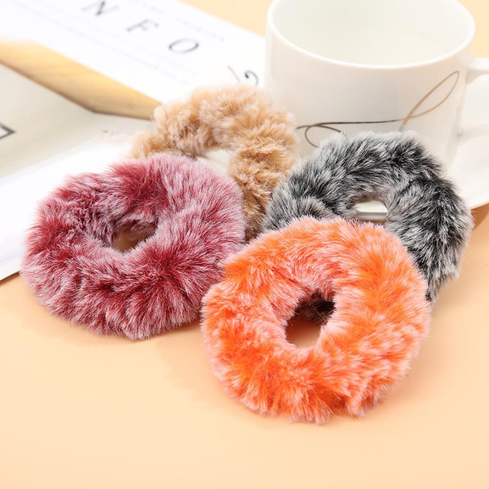 Sweet Cute Soft Fur Scrunchies For Girls Simple Design White Plush Elastic Hair Bands Ponytail Holder Warm Hair Accessories