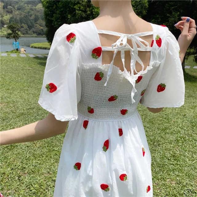 Strawberry Dress Kawaii Embroidery Puff Sleeve Dress Women Vintage A-line White Square Neck Beach Dresses 2021 Korean Clothes 4