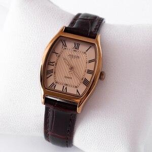Image 5 - نساء موضة عادية جلد طبيعي حزام ساعة أنثى خمر ريترو مقاوم للماء ساعات اليومية أنيق السيدات سبيكة مشبك ساعة