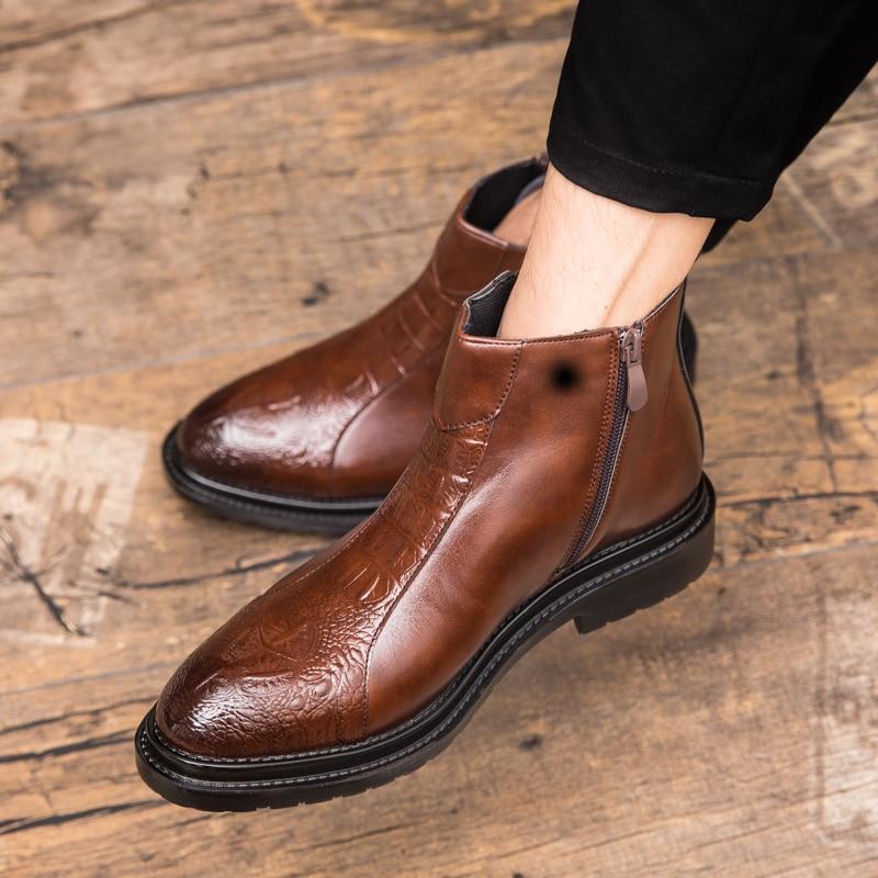 novo marrom bota básica de salto baixo