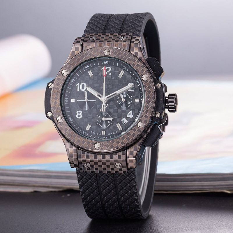 Luxury Brand Men Business Watch Quality AAA Watches with Silicone Strap Men Quartz Watch relojes para hombre