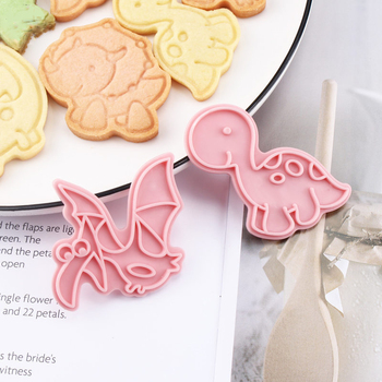 6Pcs/set Biscuit mold Cute Funny Animal Shaped Cookie Cutters Mold Kitchenware Bakeware Tool for Kids Hand DIY Mold Baking Tool