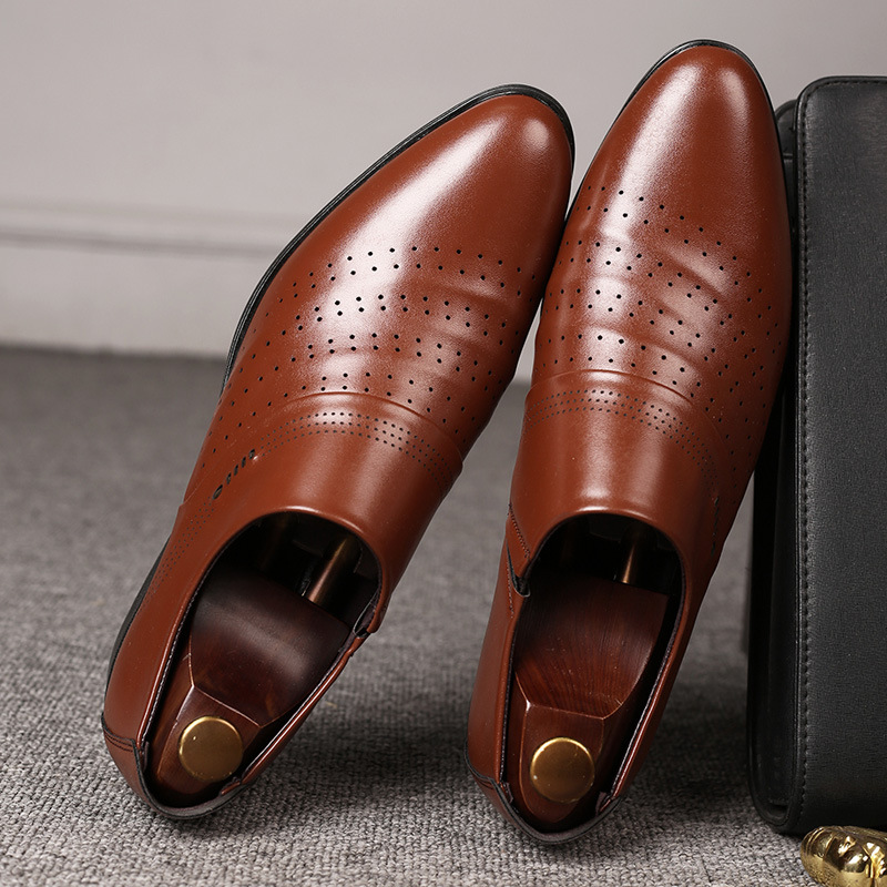 Merkmak 2020 New Business Men Oxfords Shoes Summer Breathable Holes Male Office Wedding Pointed Men's Leather Shoes Big Size 48