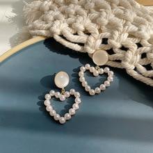 2020 Trendy Pearl Heart Shape Pendant Drop Earrings for Women Fashion Pearl Charm Statement Jewelry Wedding Earrings Female 2018 the new heart pearl pendant fashion simple earrings long pearl heart shaped earrings girl party accessories