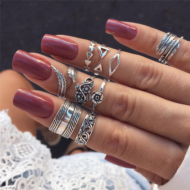 9 Pcs/set Vintage Silver Arrow Leaf Flower Carved Knuckle Rings Set For Women Bohemia Hollow Geometric Rings Anillos Mujer(China)