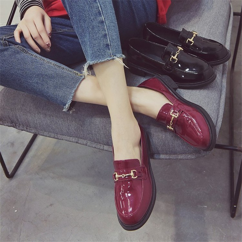 2019 Spring And Autumn New British Wind Small Leather Shoes Female Retro Shallow Mouth Flat Shoes