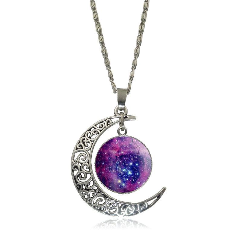 Belle galaxie nébuleuse croissant de lune collier à la main - Bijoux fantaisie - Photo 5