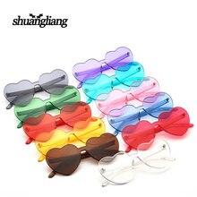 Óculos de sol lisos por atacado para a festa, óculos de sol plásticos reciclados transparentes engraçados, óculos de sol populares em forma de coração da cor dos doces 4