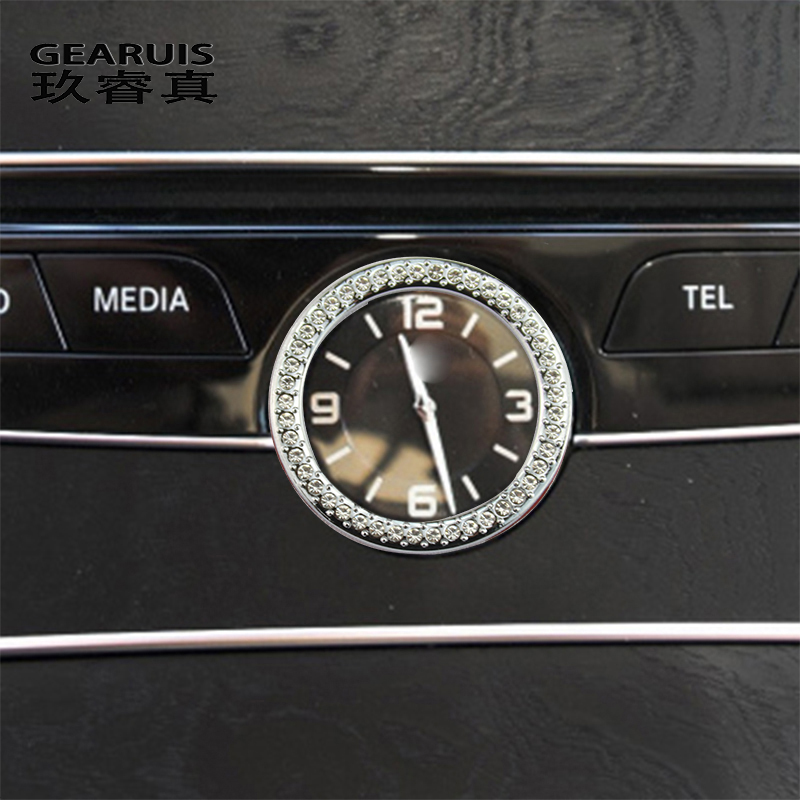 メルセデス · ベンツc glc W205 X253カースタイリングオートアクセサリー中央時計テーブル時計リングダイヤモンドカバーステッカーとデカール
