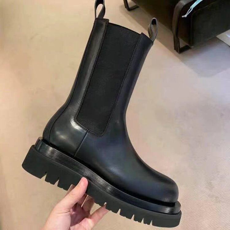 JUNSRM Luxury Designer Women's Platform Chelsea Boots 2020 Brand Women Chunky Ankle Boots Fashion Ladies Shoes femme Footwear