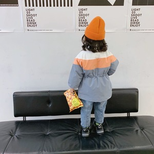 Image 4 - 겨울 소녀의 코트 새로운 도착 한국 스타일의 면화 두꺼운 일치하는 색상 멋진 달콤한 아기 소녀를위한 패션 긴 자켓