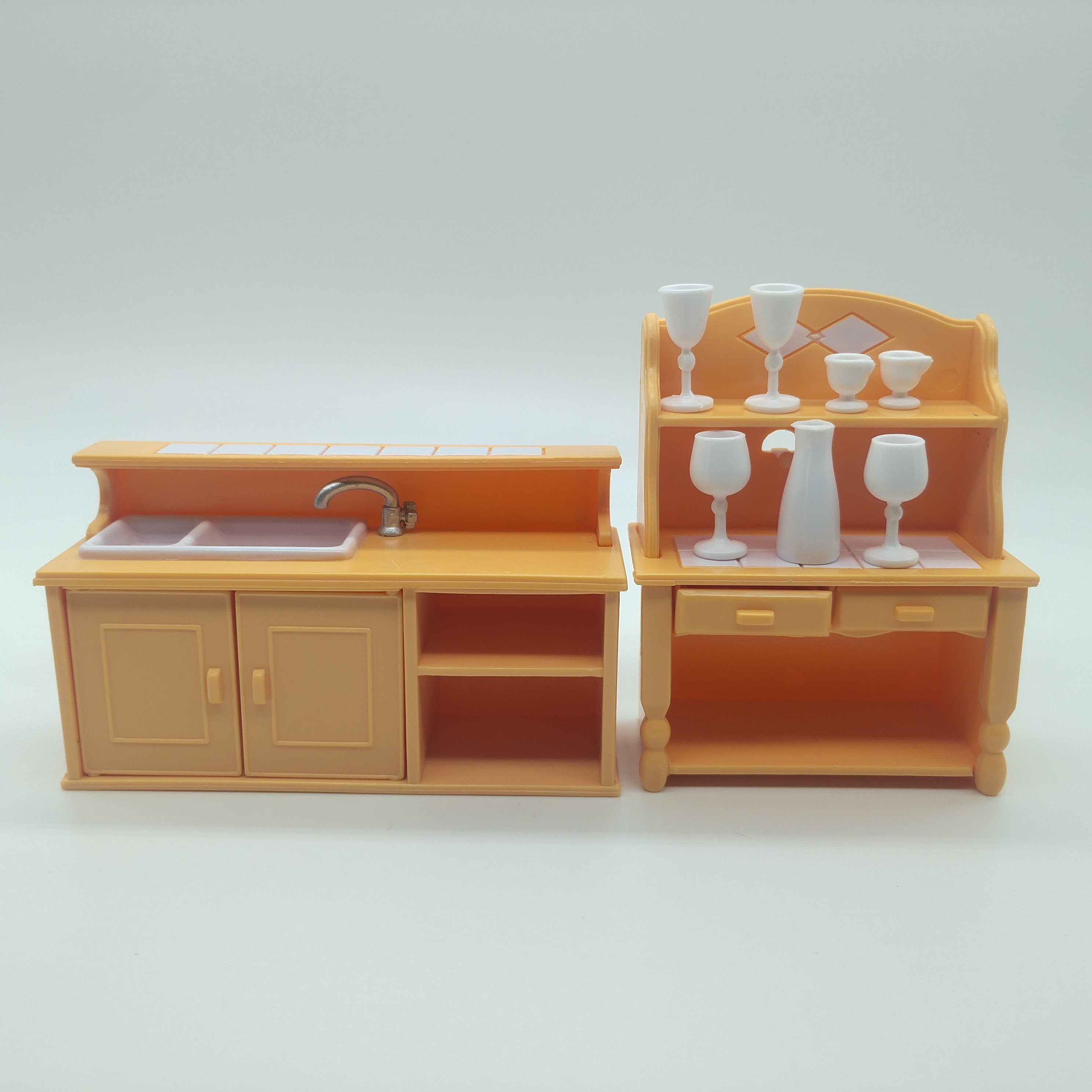 Happy Family Kithcen Bar Table Furniture Figures Dolls Toy Mini Furniture Miniature Dollhouse Pretend Child's Children Toy Gift