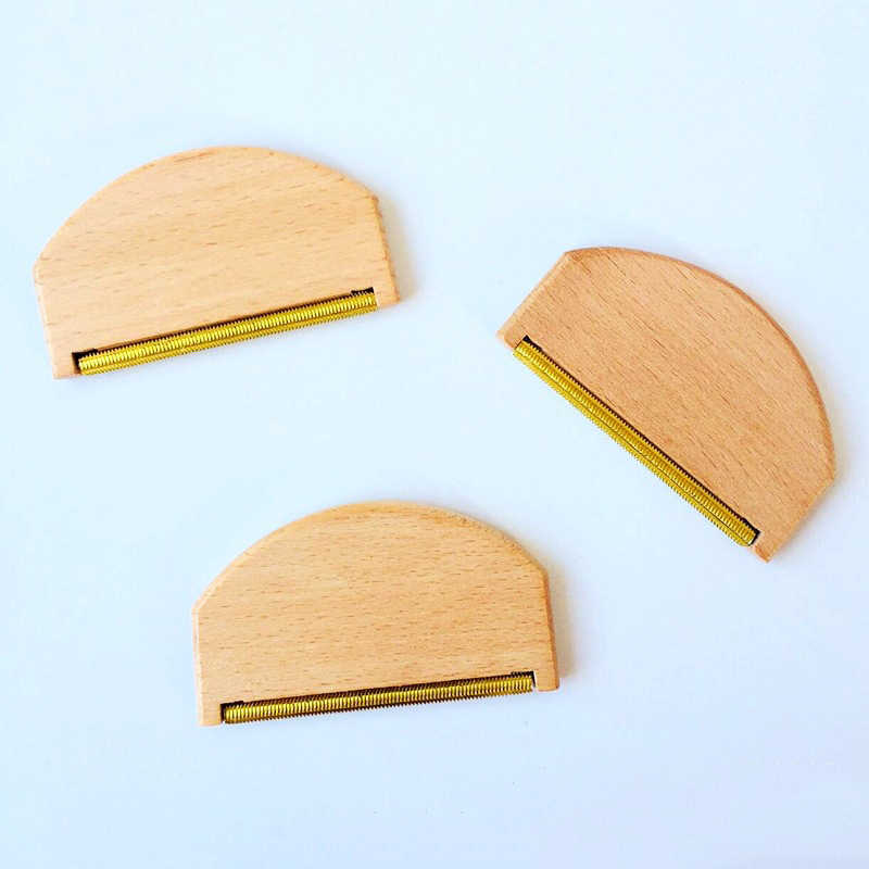 Beech Wood Cashmere Comb Sweater Shaver Brass Pilling Comb Combo Removes Pills,Fuzz and Lint Wool Brush,Pack of 6 Pieces
