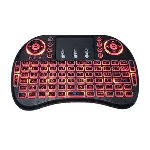 Image 2 - Bunte Backlit Russische Englisch Air Maus Mini Wireless Keyboard 2,4 GHz Touchpad Hintergrundbeleuchtung i8 Luft Maus für Android TV Box PC