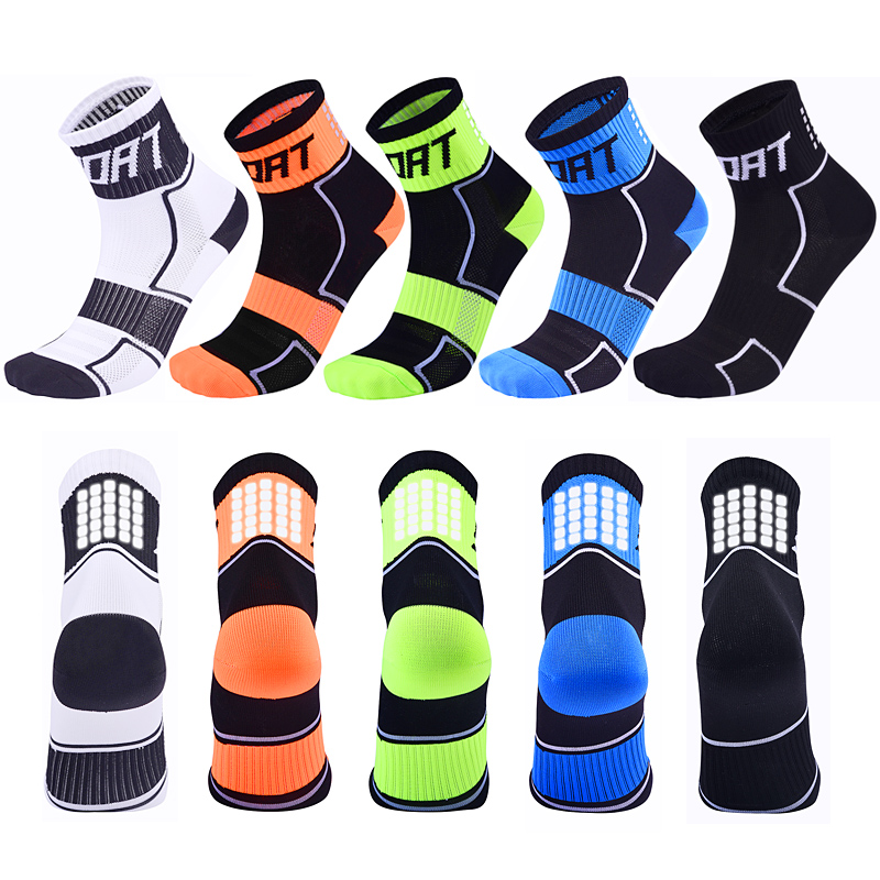 Women Reflective Running Socks Night Cycling Socks Men Breathable Non-slip Sport Sock For Outdoor Basketball Football Bicycle