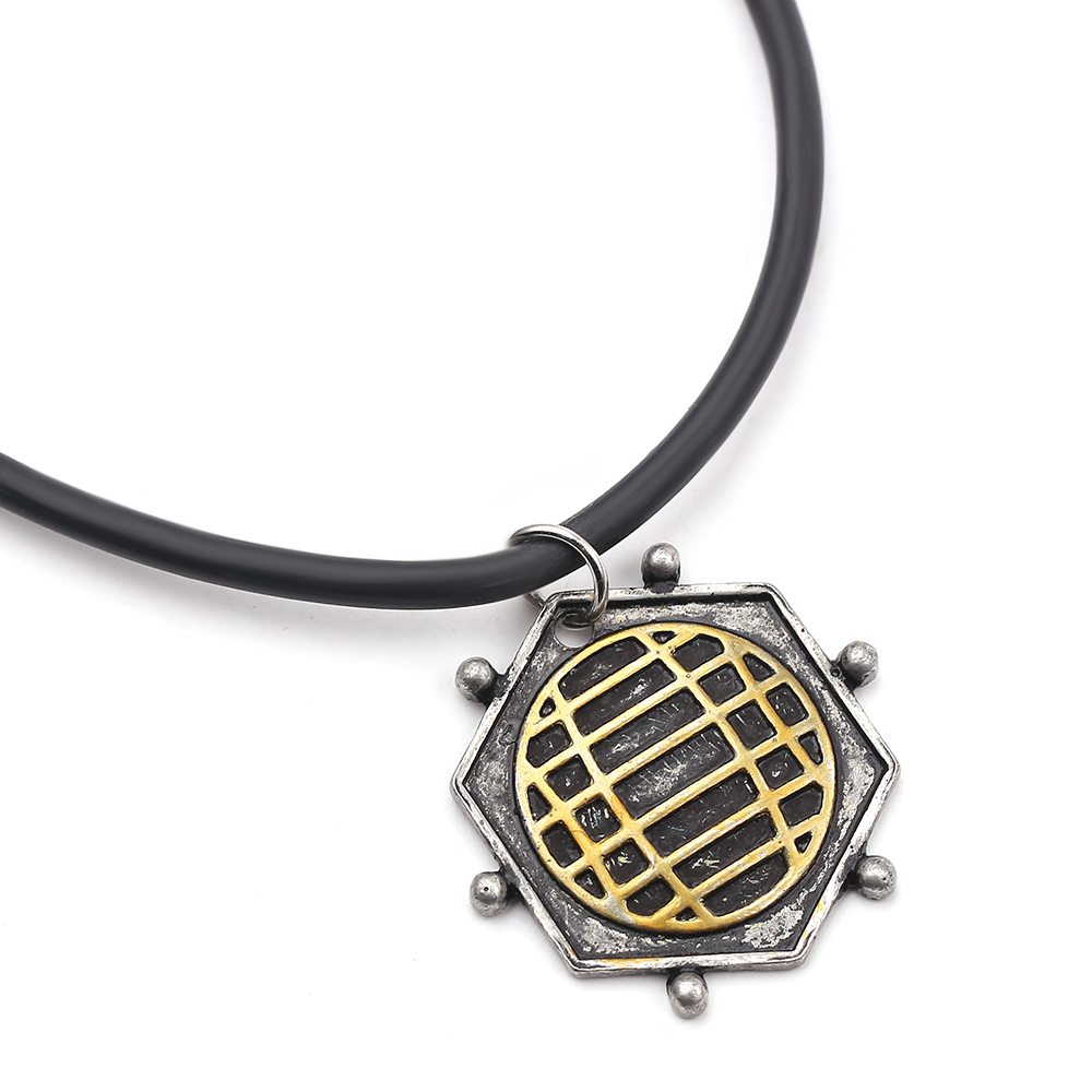 Peter Quill Necklace Avengers:Infinity War Star Lord Prop Replica Jewelry Men Pendant as Peter Quill Cosplay Costume