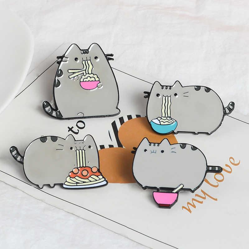 ไขมันแมวกินก๋วยเตี๋ยว Lapel Pins LOVELY Greedy Cat เข็มกลัดป้ายกระเป๋าเป้สะพายหลังน่ารักอุปกรณ์เสริม Pins ของขวัญเครื่องประดับสำหรับเพื่อน