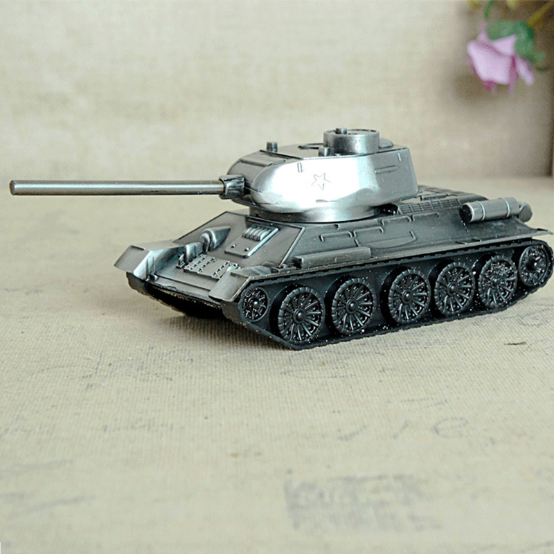 Retro Metal Tank Model Figurines Children's Gifts For Home Decoration Retro Miniature Model Craft Decor Children Toys Gifts