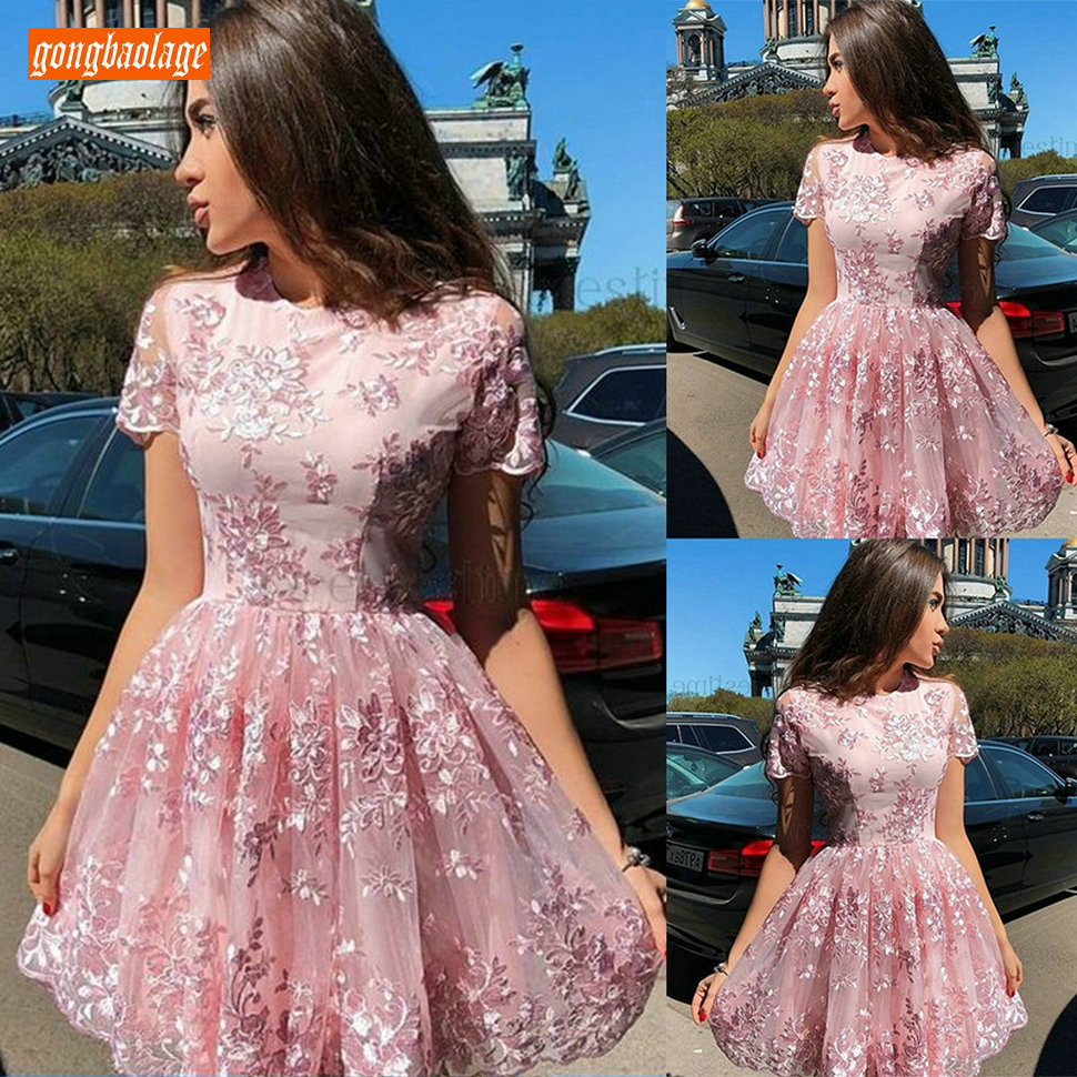 Sexy Summer Pink O Neck Prom Dresses Short Sleeve Translucent Lace Applique Prom Gowns Mini Cheap Girl Homecoming Party Dress