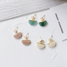 Niche fashion sense of retro earring semicircle fan earrings earrings contracted joker adorn article the new european and american fashion earrings contracted dazzle colour hollow out long wings ms popular earrings adorn article