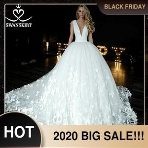 Image 1 - Swanskirt атласное свадебное платье с v образным вырезом 2020 Аппликации бальное платье бабочка свадебное платье Часовня Поезд размера плюс Vestido de novia HZ10