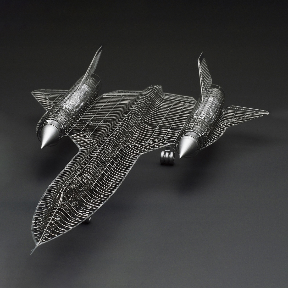 1/144 SR-71 Aircraft Model Kit Scout Aircraft Decoration 3D Metal Assembly Model For Kids Birthdaty Gifts 2020