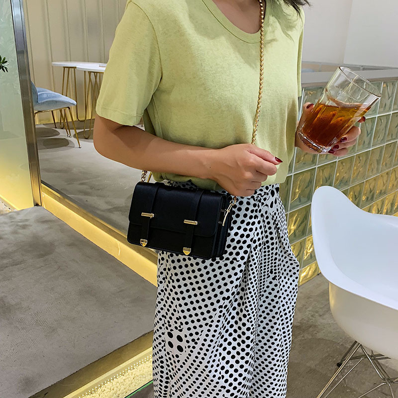 The new girl 2019 new bead chain double belt linear ramp Pack Single shoulder bag stylish and small parties.-in Top-Handle Bags from Luggage & Bags