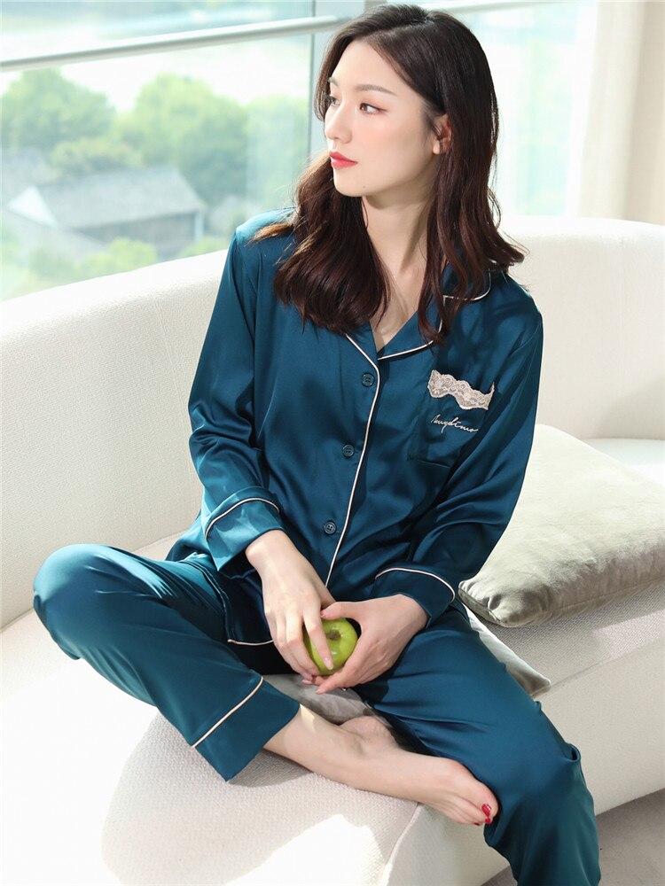 Pijama de seda primavera e outono manga