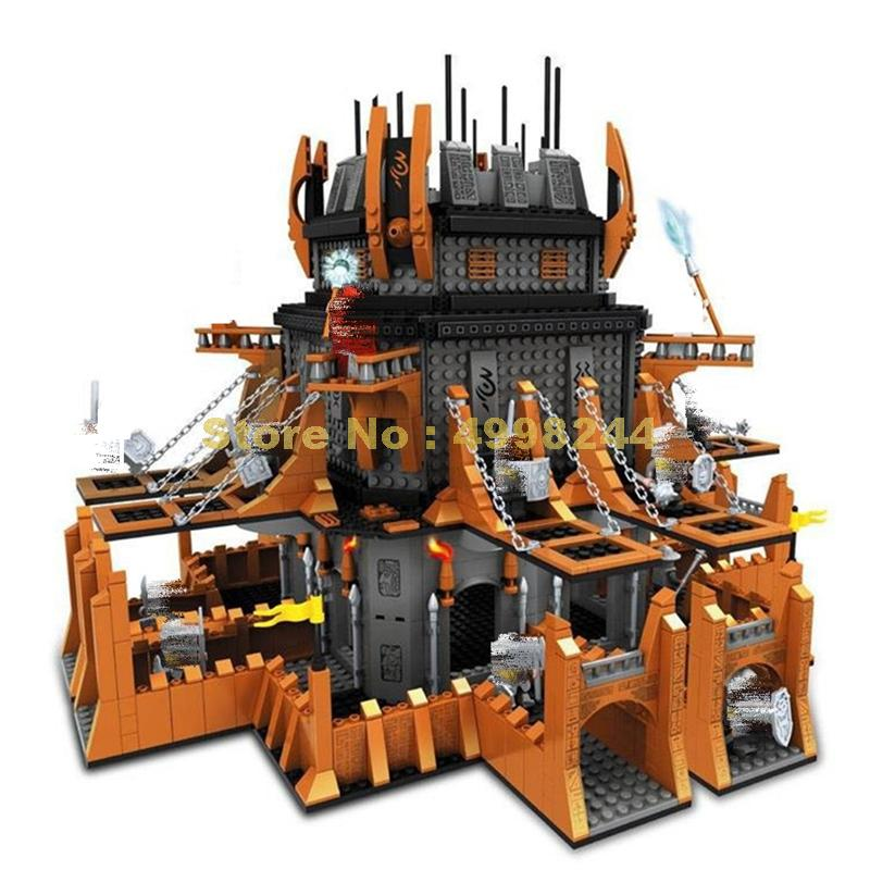 Ausini 27114 2149 sztuk magiczne starożytny zamek octagon wieża blok budowlany z kilka figurki cegły zabawki w Klocki od Zabawki i hobby na  Grupa 1