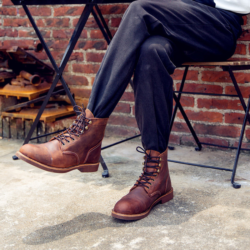New Autumn Vintage Fashion Men Boots Handmade Wings Genuine Leather Business Ankle Boots Casual British Wine Red Motorcycle Boot