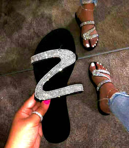 Rhinestone Shoes Sandals Flip-Flops Flat Slippers Slides Open-Toe Non-Slip Black Roman