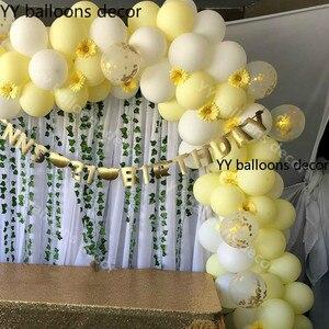 Image 2 - 110pcs פסטל 10 אינץ מאקה צהוב לבן בלון 1 קשת חתונה תינוק מקלחת מסיבת יום הולדת רקע קלטת קיר הגלובלי דקור