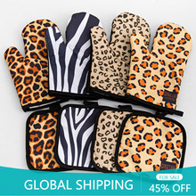 Kitchen Gloves Insulation Leopard Pattern Pad Cooking Microwave Gloves Baking BBQ Oven Potholders Oven Mitts Potholder Pad