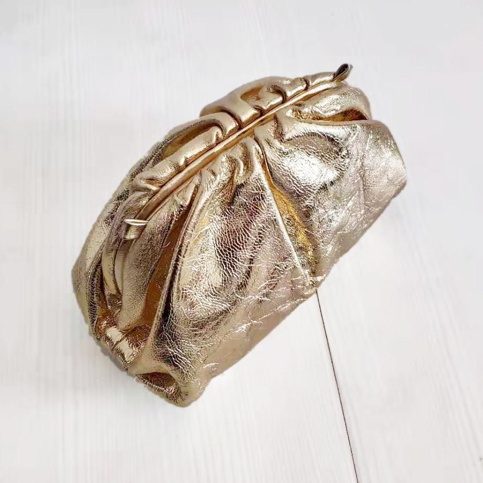 Moda famosa marca de lujo estilo mujeres bolsas bolsa nube bolsa brillante bolso de cuero genuino señora embragues piel de oveja calidad - 4