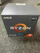 Yeni AMD Ryzen 5 1600X R5 1600X3.6 GHz Altı Çekirdekli Oniki Iplik CPU İşlemci 95 W l3 = 16 M YD160XBCM6IAE Soket AM4