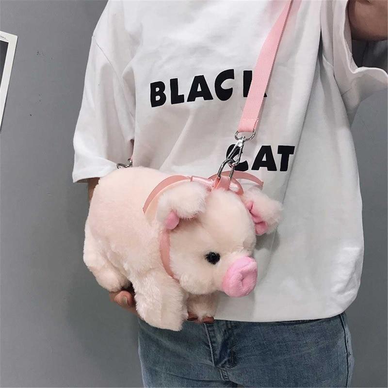 Japanese cute pink plush bag lady cartoon pig messenger bag fluffy animal messenger plush bag