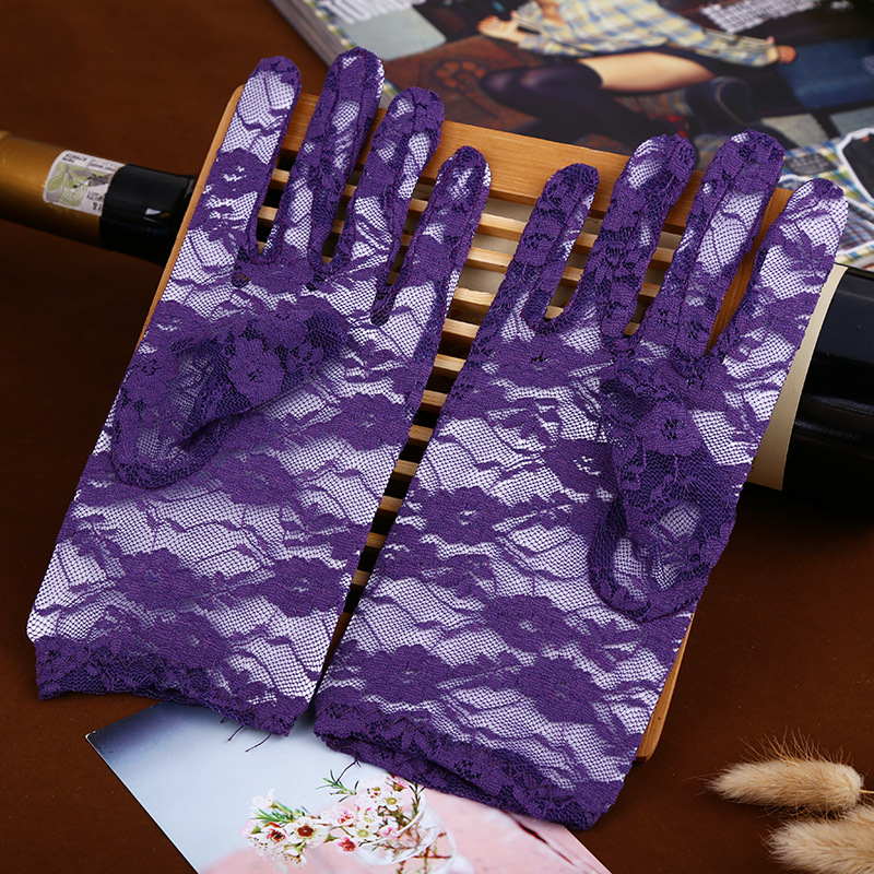 Cheap Purple Wedding Gloves Lace Finger Short Wedding Accessories Black Red Wrist Length White Ivory Bridal Gloves 1 Pair ST145