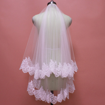 Real Images 2 Layers Short Lace Wedding Veil with Comb Bling Sequins White Ivory T Bridal Blusher