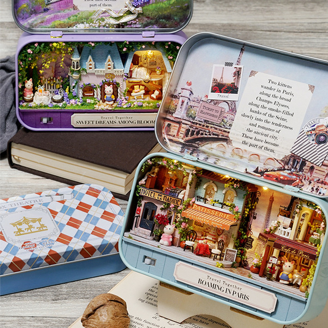 DIY Doll House Furnitures Box Theatre Model Miniature Scene Wooden Miniature Puzzle Dollhouse Toys For Children Travel Trilogy