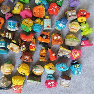 Image 2 - Zomlings Anime Lixo 3CM Modelo Dolls Figuras de Ação Boneca de Brinquedo Crianças Jogando Lixo Superzings Venda Presente de Natal 10PCS/20 Pçs/lote