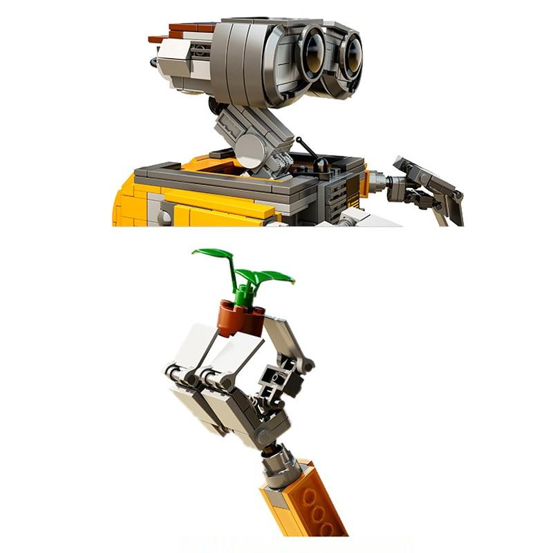 Robot Wall-E Building Blocks Toy 5