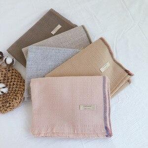 Image 2 - Marke Designer Kaschmir Schal Frauen 2019 Winter Schals Hohe Qualität Schals und Wraps Dicke Warme Pashmina Dame Decke Schal