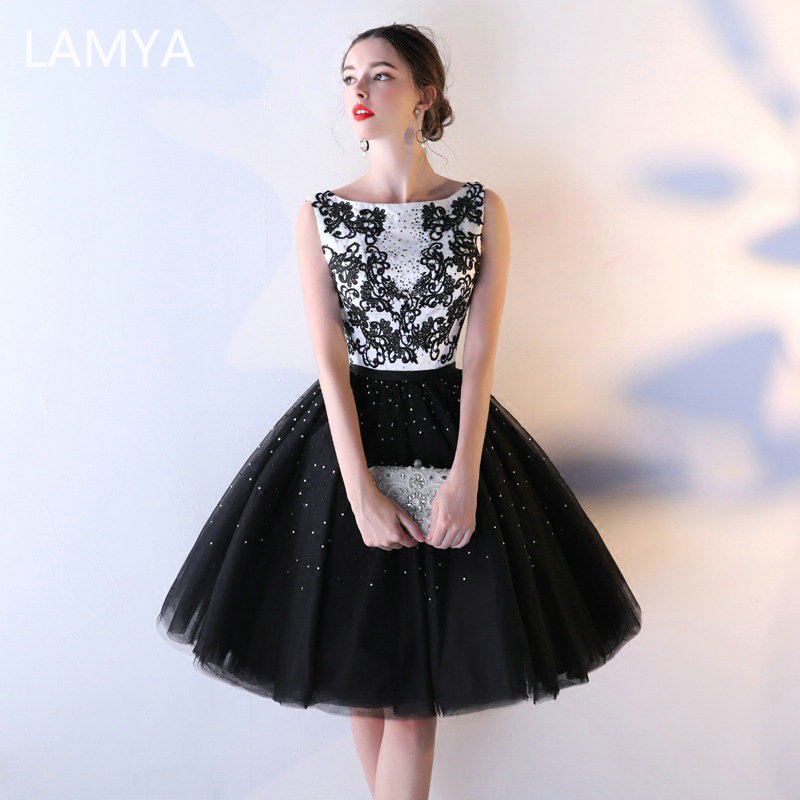 LAMYA Back Ball Gown With Crystal Evening Party Dresses Vintage Lace Bodice Prom Gown Women Plus Size Vestido De Festa