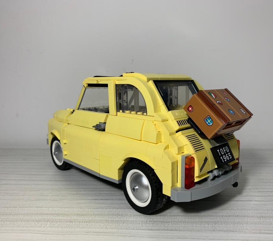 960pcs Building Blocks Compatible 10271 FIATed 500 City Car Creator Series Model Children Kids Christmas Gift Toys For Children