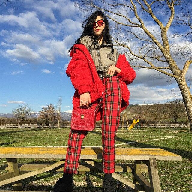 Streetwear goth pants in red plaid