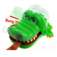 iPiggy Fun Dentist Bite Finger Game Prank Toy 2019 New Crocodile Jokes Mouth Joke Funny Crocodile Toy Kids Child Family Gift(China)