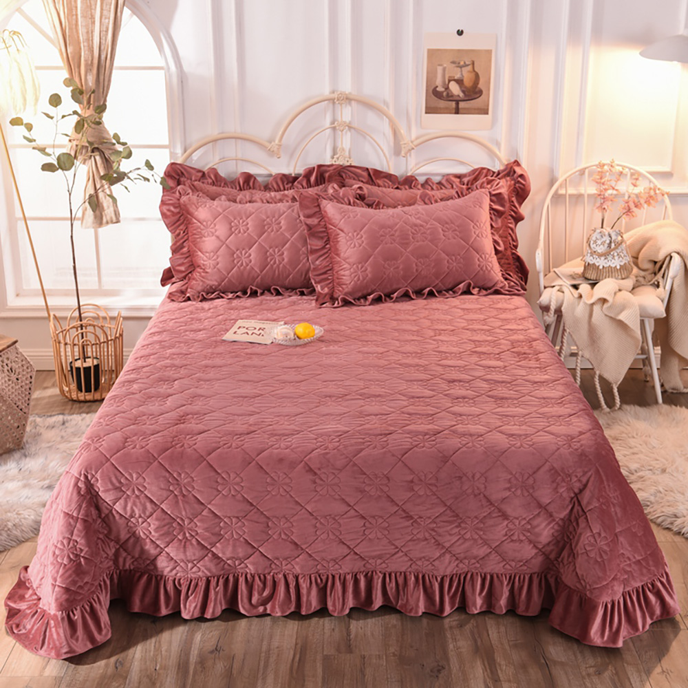Super Warm Soft Flannel Bed Skirts Detachable Bed Skirt Bedspread 2 Pillow Cases Suitable For King Size Sturdy Construction