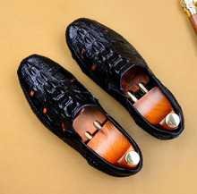 2019 New 100% Genuine Leather Loafers Shoes Men Hollow Handmade Slip-On Mans Crocodile Shoes Casual Round Toe Driving Shoes