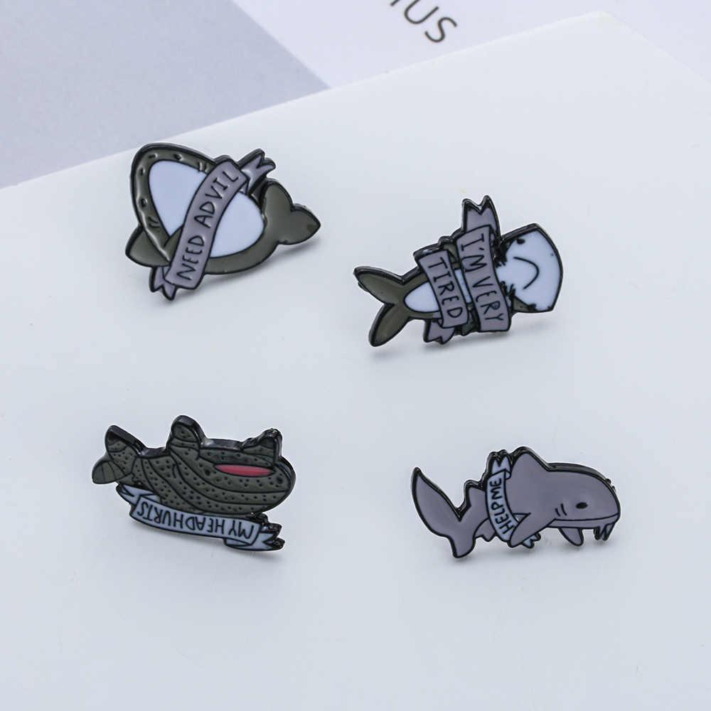 Estou muito cansado pressionado tubarões pinos de esmalte bonito cinzento animal peixe duro esmalte broche pino mochila denim distintivo para presentes das crianças