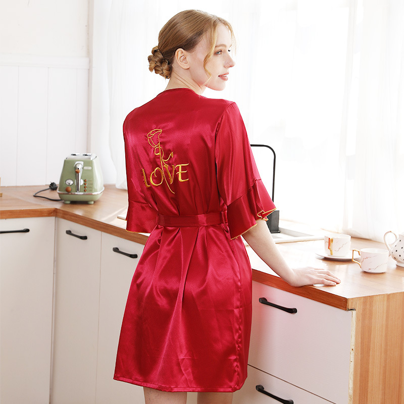 Women's Robes Women's Spring And Summer New Products Model Silk WOMEN'S Pajamas Bride Morning Gowns Wedding Party Letter Embroid
